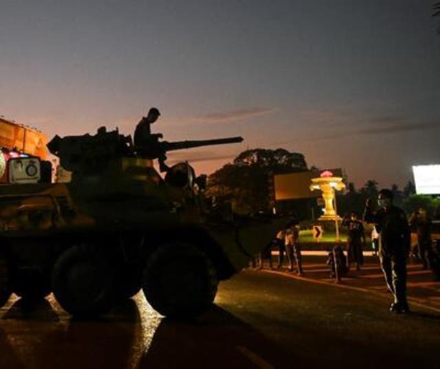 Myanmar'da yönetime el koyan ordu, darbe karşıtı protestocuları 'ölümcül güç' kullanmakla tehdit etti