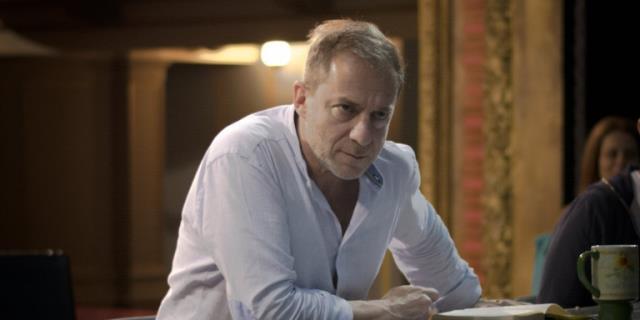 Yunan oyuncu Dimitris Lignadis, birden fazla çocuğa cinsel saldırı iddiasıyla gözaltına alındı