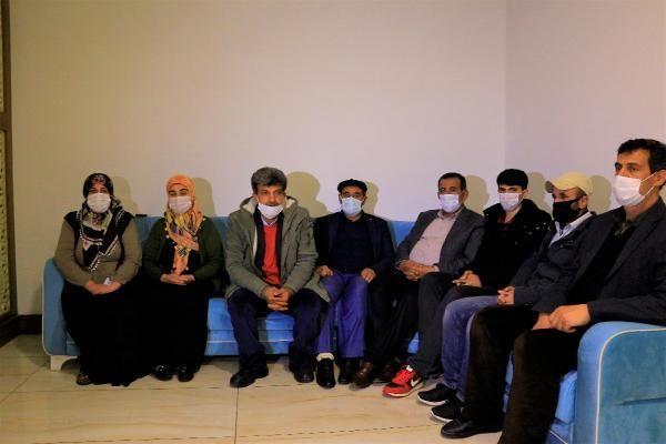 Son dakika haber | Evlat nöbetindeki aileden Kılıçdaroğlu'na tepki: Cumhurbaşkanına laf söyleyeceğine ailelerin yanında ol