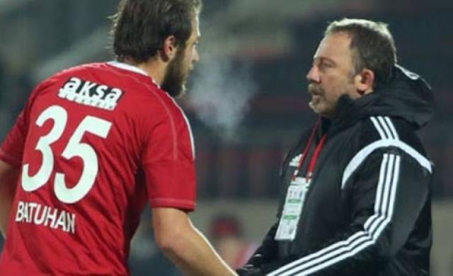 Batuhan Karadeniz scored 18 goals and 3 assists in Hekimoğlu Trabzon this season.