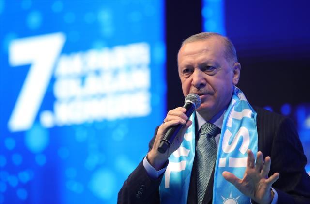 Son Dakika: Cumhurbaşkanı Erdoğan'dan AK Parti teşkilatına İstanbul uyarısı: Küstürürseniz vay halinize