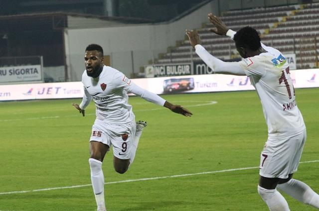 Boupendza'nın transferi konusunda Hatayspor ile anlaşan Krasnador, golcü futbolcuyla anlaşma sağlayamadı