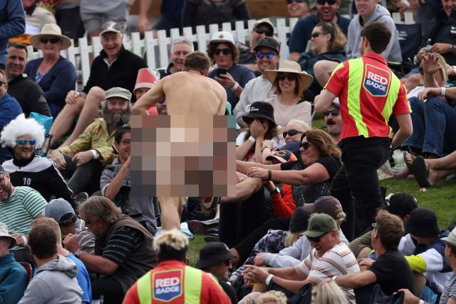 A fan jumped on the field naked during a cricket match played in New Zealand