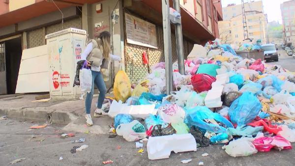 Maltepe'de sokakları çöp kokusu sardı
