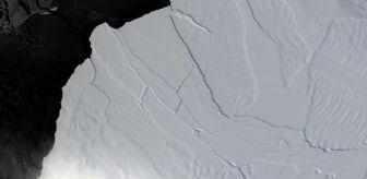 Copernicus: Antarktika'dan büyük bir buzul çatlayarak kopma noktasına geldi
