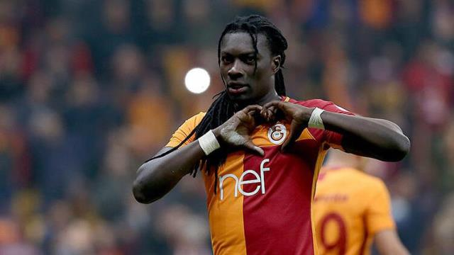 Bafetimbi Gomis said that the reason for leaving Galatasaray was economic factors.