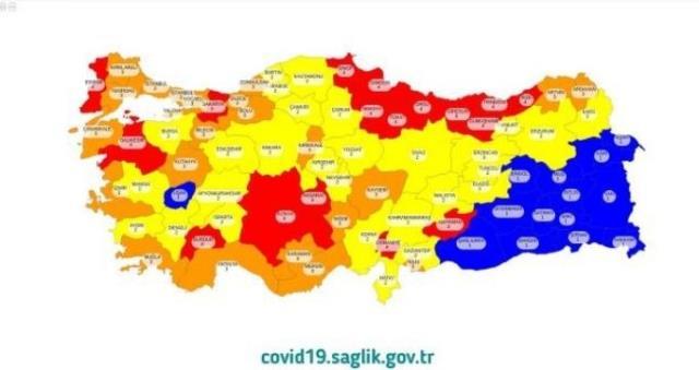 Düşük Riskli iller grubunda olan şehirler hangileri? Kırmızı, turuncu, sarı, mavi renkler hangi anlama geliyor? İstanbul hangi risk grubundadır?