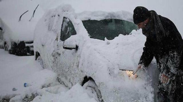 Meteoroloji'den Marmara ve Karadeniz için sağanak, Doğu Anadolu için yoğun kar yağışı uyarısı