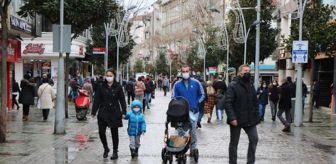 Çark Caddesi: Çok yüksek risk grubundaki Sakarya'da vatandaşlar kurallara uyulmasını istedi