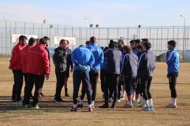 Şanlıurfaspor is not based on a teacher!  5 different coaches took part in 24 matches