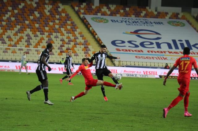 Sergen Yalçın: You play hard like that, the referee does not say anything.