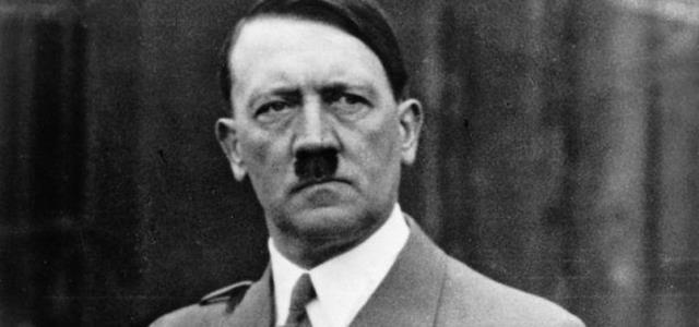 Amazon'un yeni logosu Adolf Hitler'e benzetildi