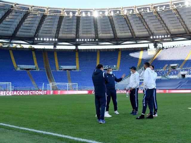 Ertelenen maçta Lazio, maç saatine kadar Torino'yu bekledi