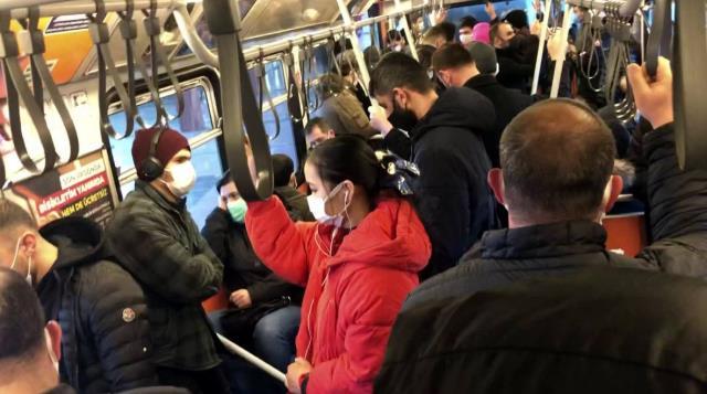 İstanbul'da 65 yaş üzeri ve 20 yaş altına uygulanan toplu taşıma kısıtlaması kaldırıldı