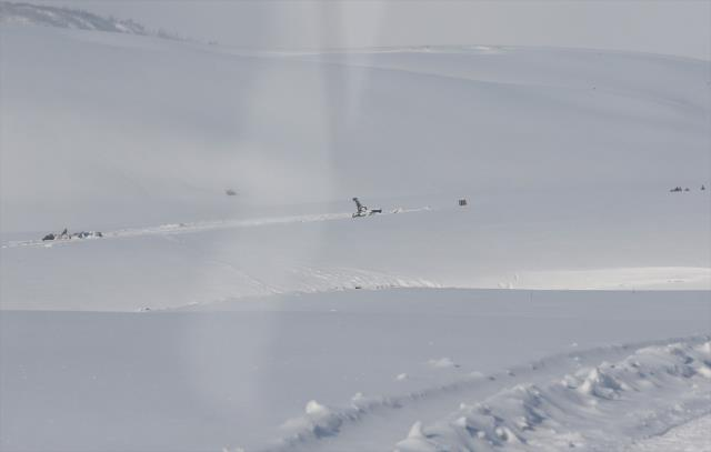 11 şehit verdiğimiz helikopter kazası sonrası bölgeden yeni görüntü! Ekipler olay yerine ulaştı