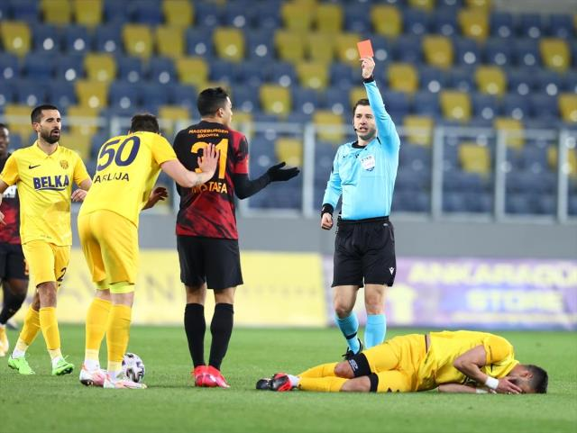 Mohamed, who received a red card in the Ankaragücü match, defended himself: I didn't even see anyone