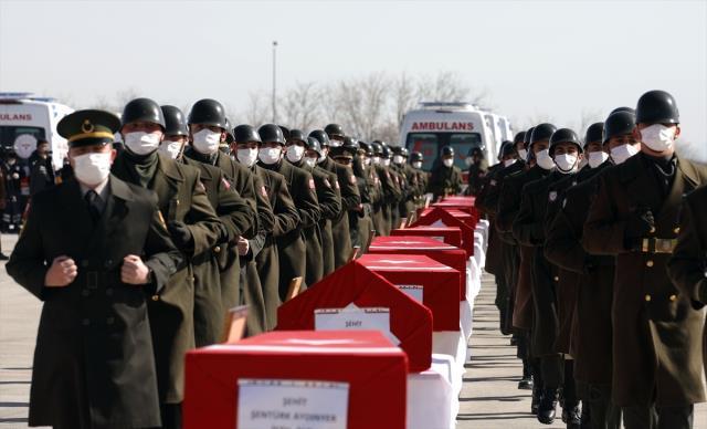 Bitlis'te şehit olan 11 askerimiz için Ankara'da devlet töreni düzenleniyor