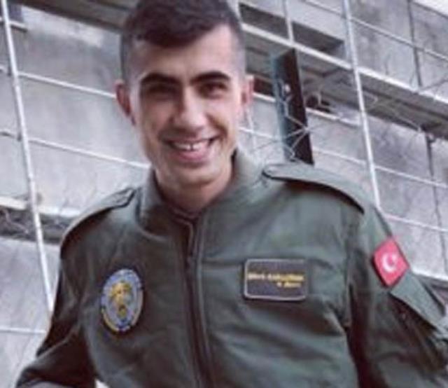 Her birinin hikayesi yarım kaldı! Bitlis'te şehit olan askerimiz için 8. Kolordu Komutanlığı'nda tören düzenleniyor