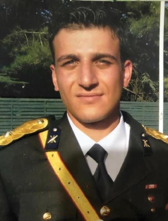 Her birinin hikayesi yarım kaldı! Bitlis'te şehit olan askerimiz için 8. Kolordo Komutanlığı'nda tören düzenleniyor