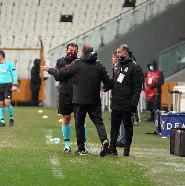 Sergen Yalçın, Gaziantep FK karşılaşmasında sarı kart görerek cezalı duruma düştü
