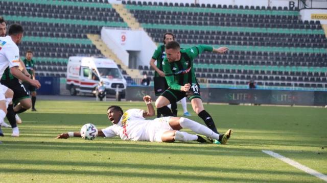 Yukatel Denizlispor beat Yeni Malatyaspor 3-2 on the field