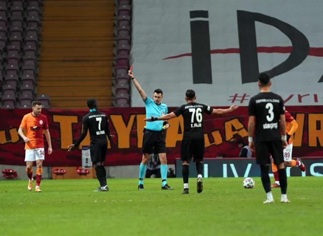 Fatih Terim criticized the referees after Sivasspor match