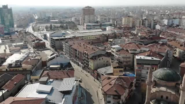 Haritada kırmızıya boyanan Aksaray'da tam kapanma uygulandı! Kent sessizliğe büründü