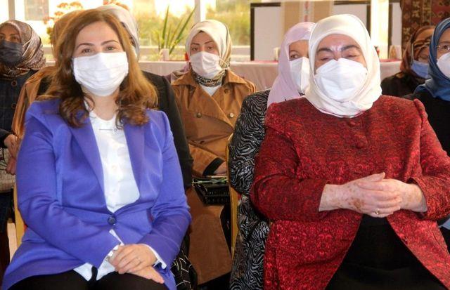 Son dakika haber... Erzincan'da girişimci kadınların el emeği göz nuru ürünlerinin yer aldığı Kadın Kültür Merkezi açıldı