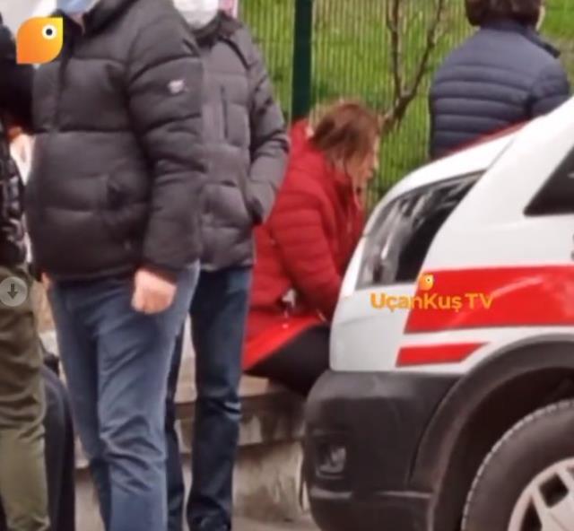 Kalp krizi geçiren babasının başından ayrılmayan Pelin Öztekin'in hastane önündeki hali yürek burktu