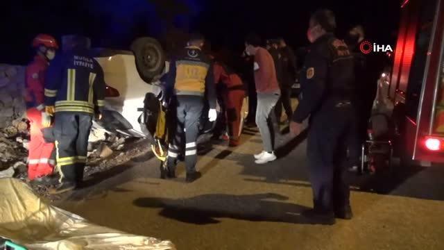 - Fethiye'de takla atan otomobilin sürücüsü yaralandı
