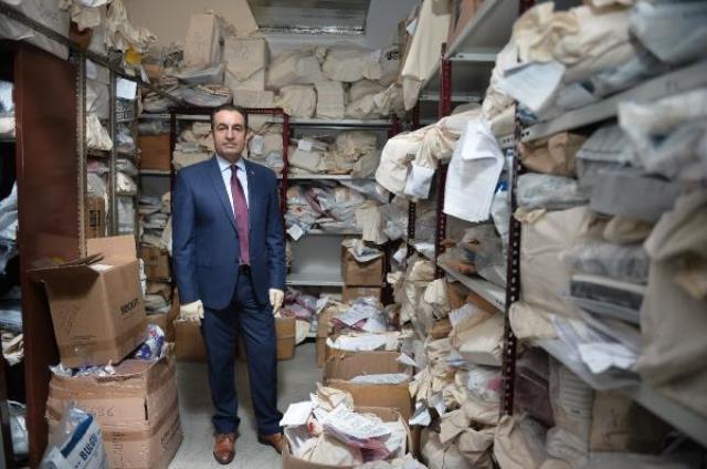 İstanbul Adalet Sarayı'nın 'kozmik odası' kapılarını açtı: 15 bin silah, 1 dolarlar ve gizli belgeler