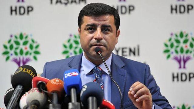 Selahattin Demirtaş'tan İYİ Parti'ye tepki: HDP'ye ayar vermeye kalkmak hadleri değil