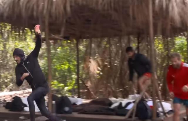 Survivor'a damga vuran skandal kavga sonrası ünlüler takımından iki isim, adaya veda edebilir