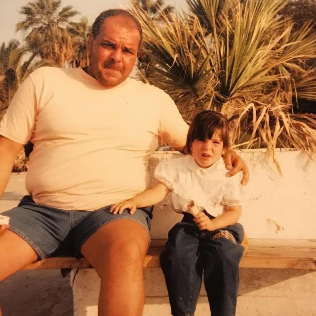 Pelin Öztekin'den vefat eden babası Rasim Öztekin için duygusal paylaşım: Minik kızın bir gecede büyüdü