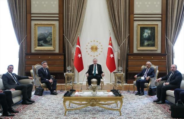 Son Dakika! Ali Koç: 2 milyar euroluk Türk otomotiv sektörünün bugüne kadarki en büyük yatırımını gerçekleştireceğiz