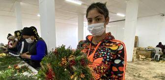 Sevgililer Günü: Pandemi döneminde satamadığı çiçekleri kurutup kapı çelengi yaptı, şimdi ürün yetiştiremiyor