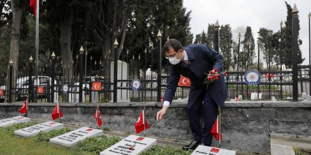 Edirnekapı Şehitliği'nde İmamoğlu'na tepki gösteren şahıs konuştu: Samimiyetsizliği gördüğüm için yaptım