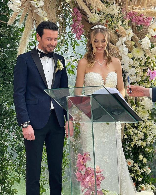 Spor camiasını buluşturan düğün! Ersin Düzen ve Seyhan Şişko evlendi