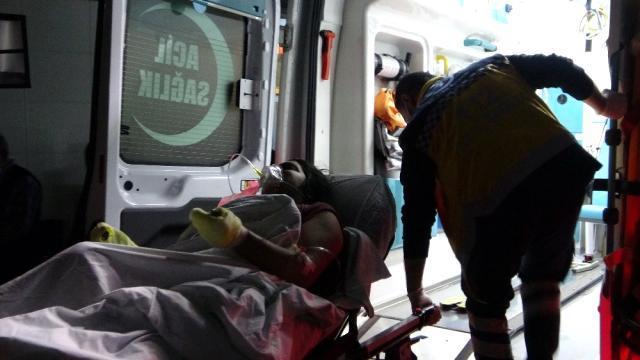 Benzinle sobayı yakarken ev alev aldı: 3'ü ağır 4 aile ferdi yaralı