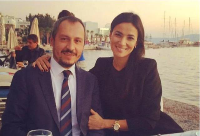 2006 yılında Türkiye güzeli seçilen Seda Sarıbaş, AK Parti MKYK listesine girdi