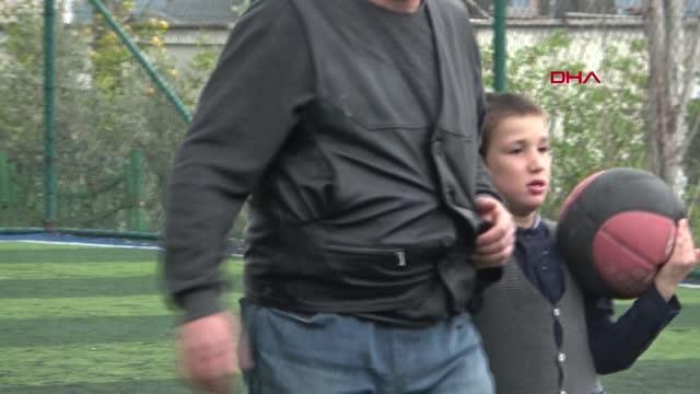ANTALYA Otizmli oğluna bakmak için izin kullanan ebeye, amirinden hakaret iddiası