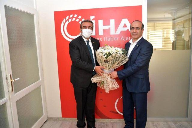 Başkan Çetin ve Rektör Tuncel'den İHA'ya ziyaret