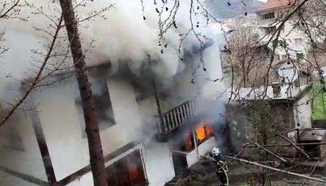 Saliha Nine hırsızları yakalattı, mahalleyi yanmaktan kurtardı