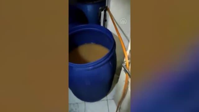 Kaçak imalathaneye dönüştürülen evde 3 bin litre sahte içki ele geçirildi
