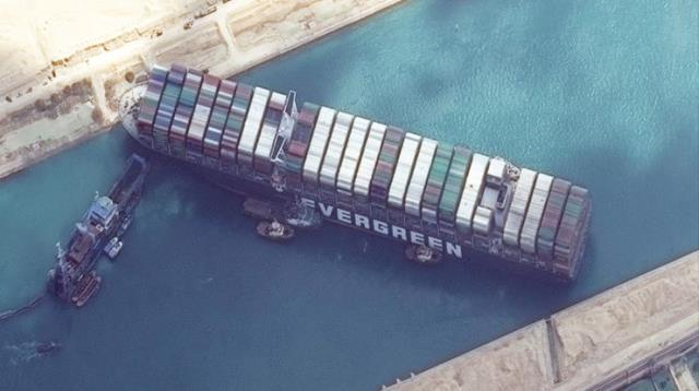 Süveyş Kanalı'ndaki kriz, dünya ticareti için güvenli rotanın Tarihî İpek Yolu olduğunu bir kez daha gözler önüne serdi