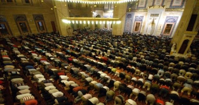 2021 Ramazan Ayında camilerde teravih namazı kılınacak mı? Camilerde teravih namazı olacak mı? Hatimle teravih var mı?