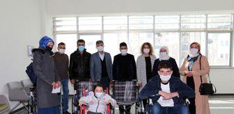 Tekerlekli Sandalye: Van Büyükşehir Belediyesinden 7 engelli vatandaşa tekerlekli sandalye