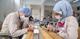 Abdulselam Öztürk: Son dakika gündem: Diyarbakırlı öğrenciler, Türkiye'deki okullar için sıra, masa ve dolap üretiyor