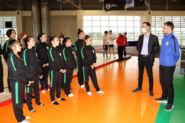 Manisalı cimnastikçiler Türkiye Şampiyonasına hazır