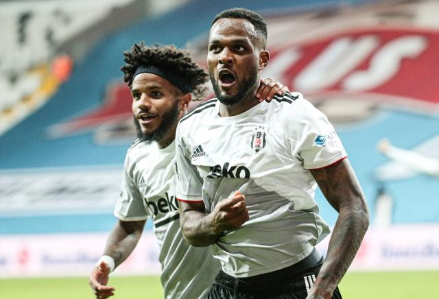 Sergen Yalçın, who had difficulty in forming a squad due to the deficiencies, prepared new formulas for Kasımpaşa and Alanya matches.